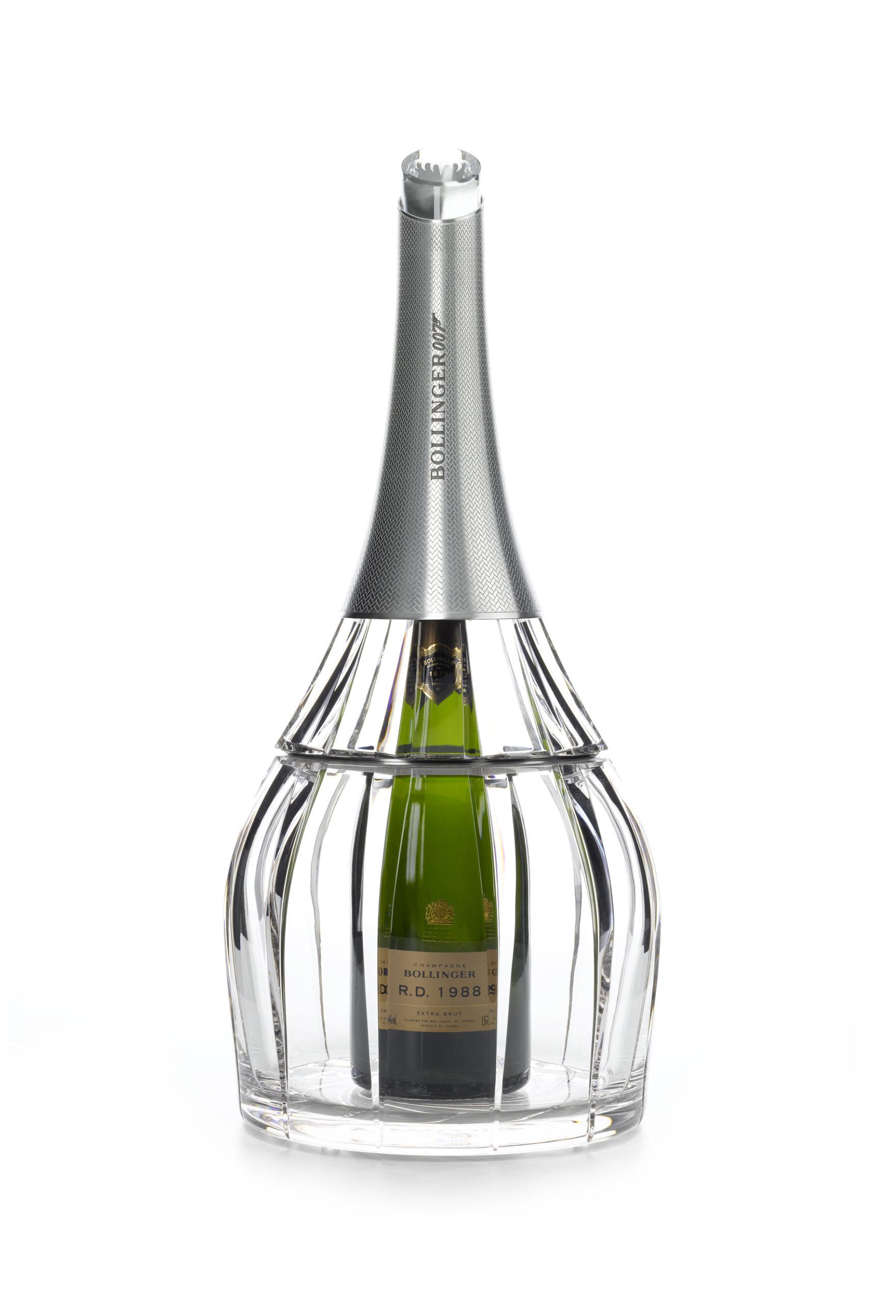 BOLLINGER_Cristal-Set_DESIGN-PRODUIT_Spiritueux-Champagne-James-Bond-Crystalerie-Saint-LouisPLANET-DESIGN-PARIS-Eric-Berthes_01-scaled.jpg