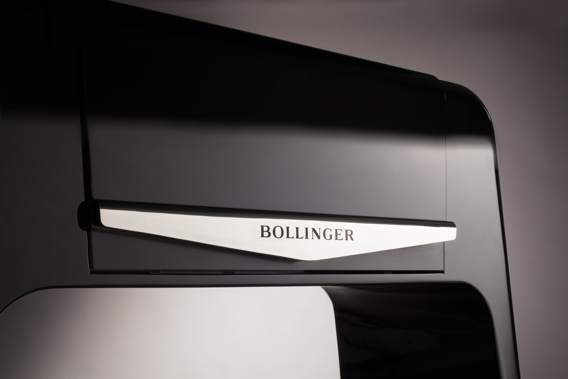 BOLLINGER_Experience_MOBILIER_bar_Spiritueux-ChampagnePLANET-DESIGN-PARIS-Eric-Berthes_02.jpg