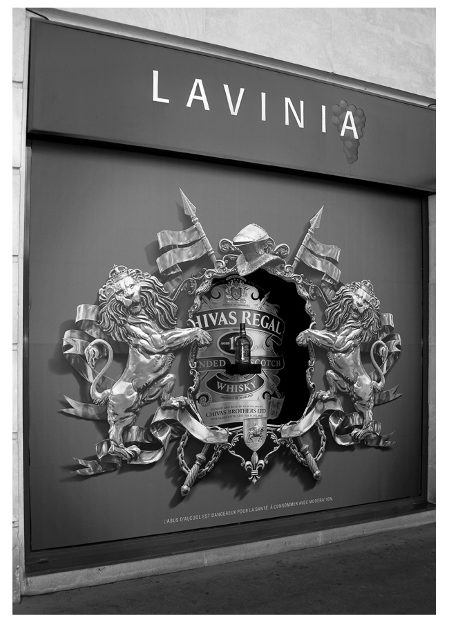 CHIVAS_Vitrine-Lavinia-Madeleine_DESIGN-ESPACE_archi-interieur-designer-decorateur_PLANET-DESIGN-PARIS-Eric-Berthes_03