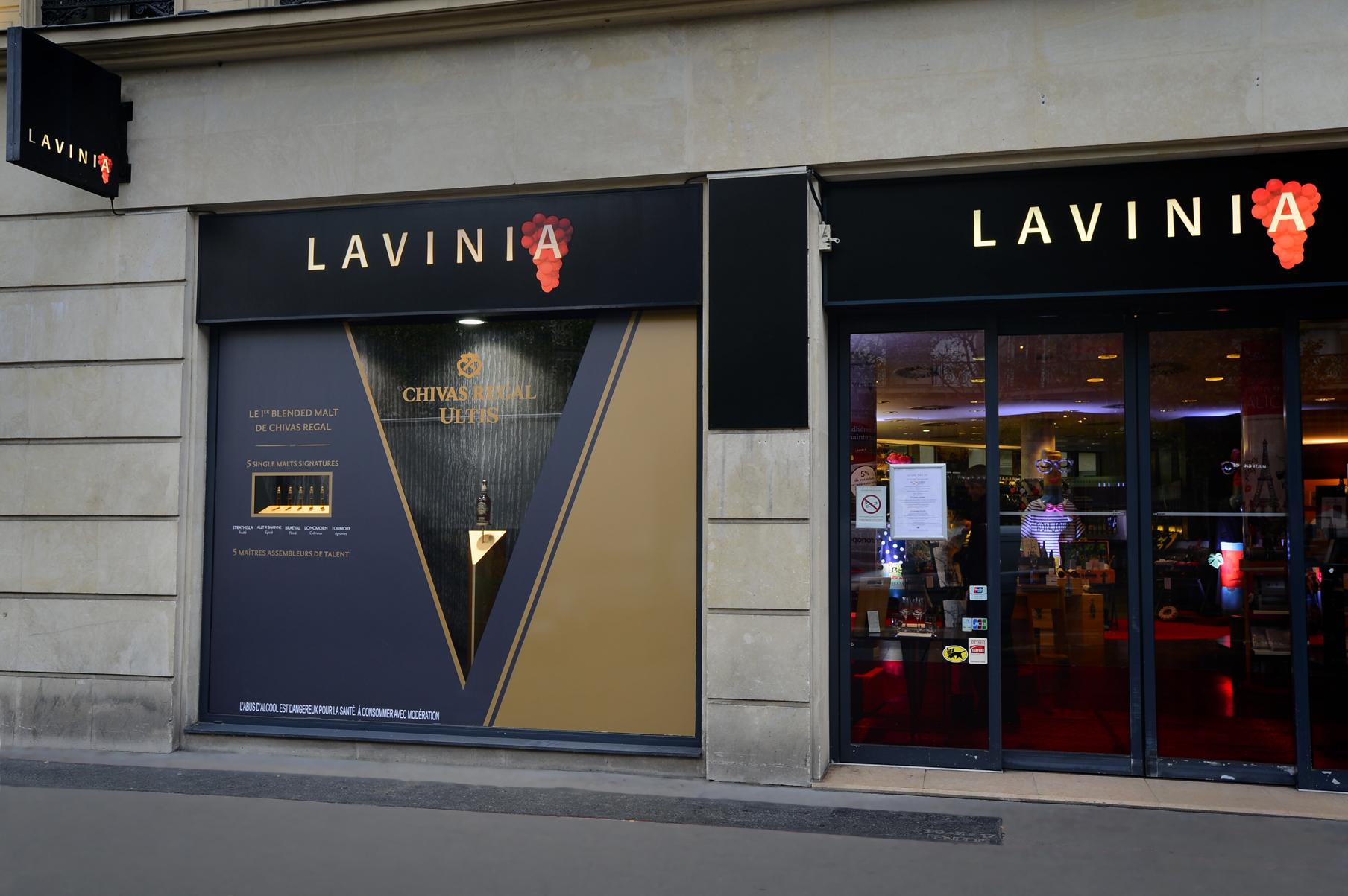 CHIVAS-ULTIS_Vitrine-Lavinia-Madeleine_DESIGN-ESPACE_archi-interieur-designer-decorateur_PLANET-DESIGN-PARIS-Eric-Berthes_05.jpg