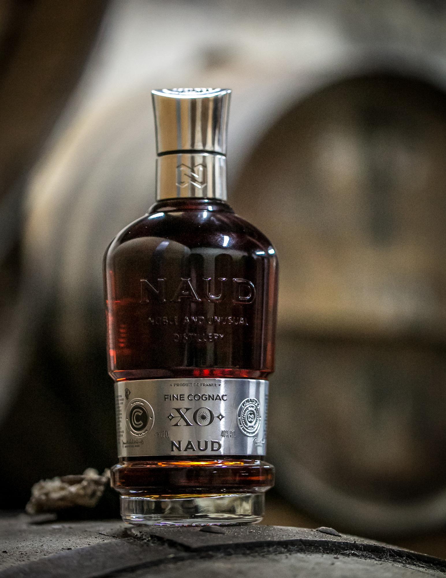 NAUD_Cognac-EXTRA-XO_SPIRITUEUX_Bouteilles-Etiquette-Identité-Marque_PLANET-DESIGN-PARIS-Eric-Berthes_08.jpg