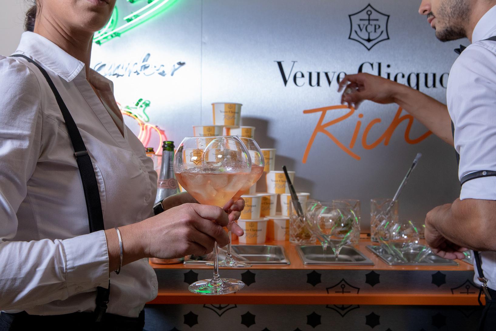 VEUVE-CLICQUOT_Coolest-Rich-Bar_SPIRITUEUX_Champagne-Bar-Evenementiel_PLANET-DESIGN-PARIS-Eric-Berthes_05.jpg