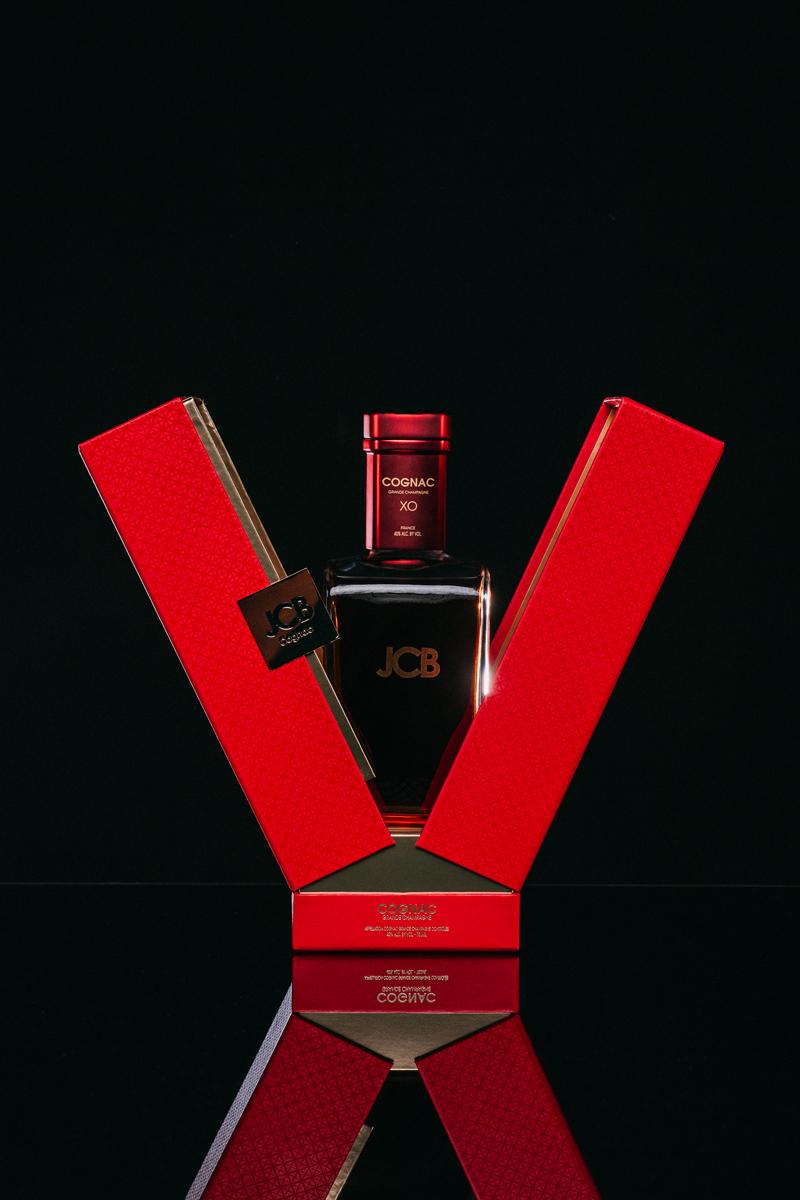 Coffret-Cognac-JCB-ERIC-BERTHES03.jpg