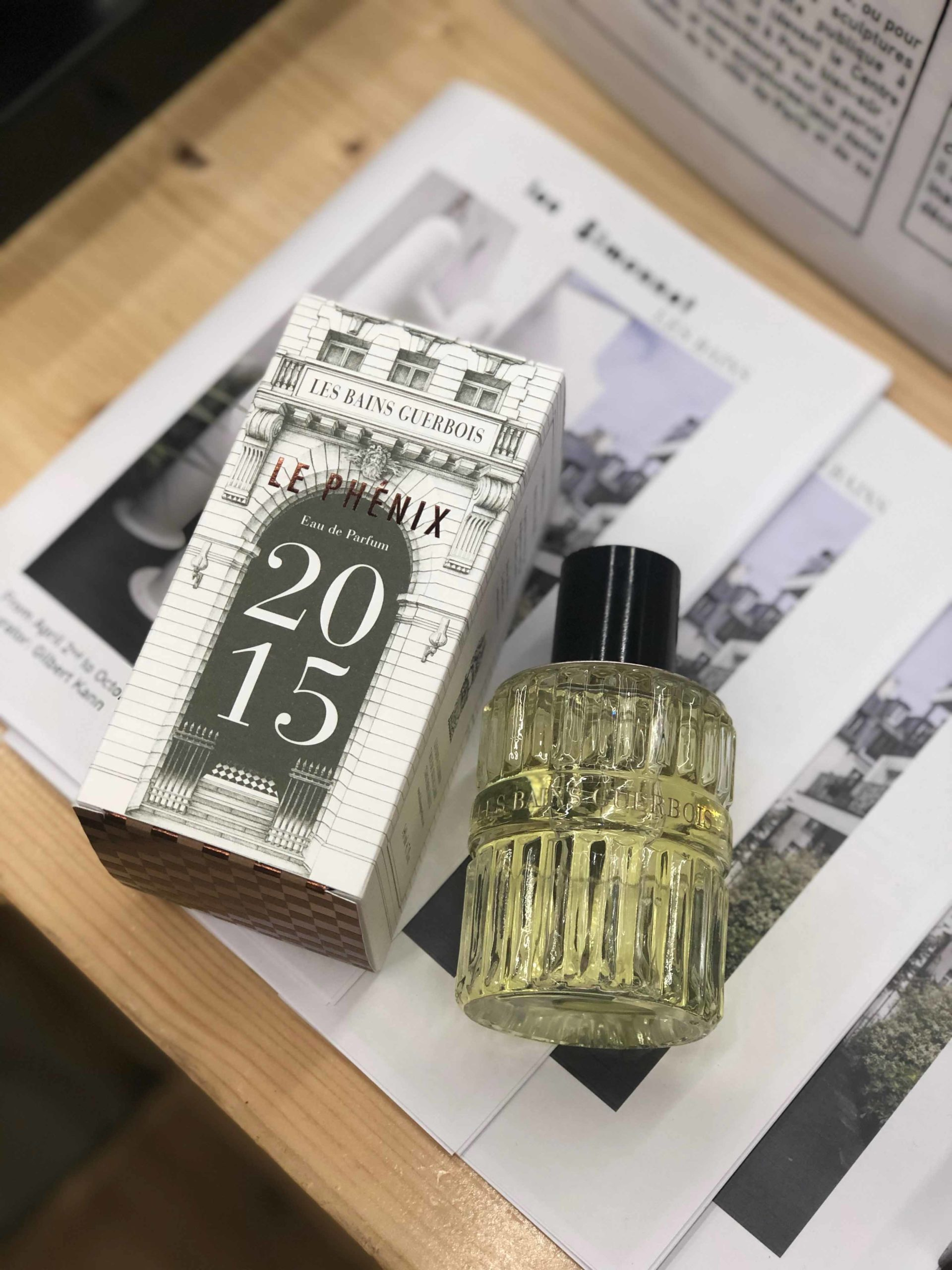 BAINS-GUERBOIS_Flacon_COSMETIQUE_Parfum_PLANET-DESIGN-PARIS-Eric-Berthes_02-scaled.jpg