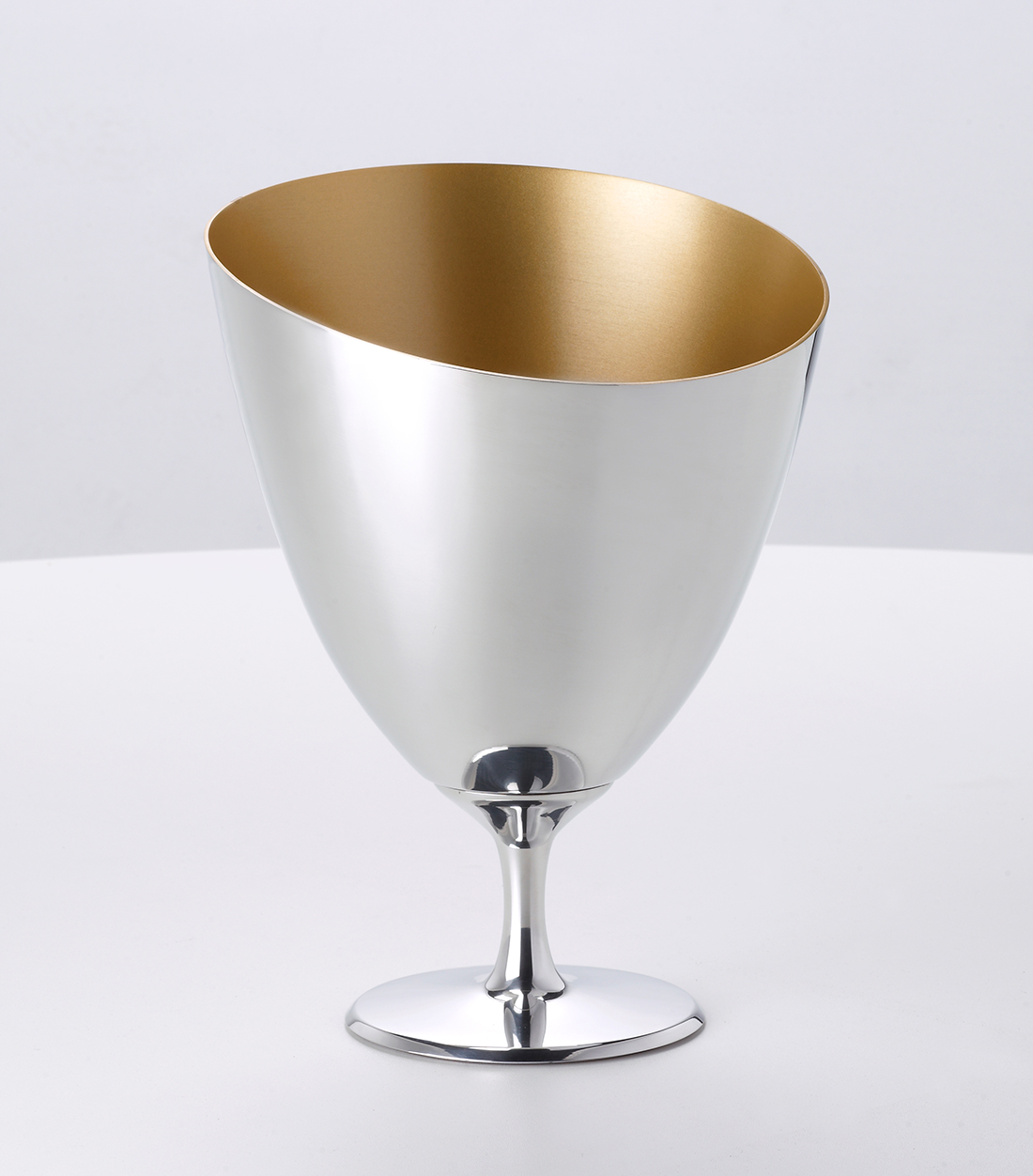 OA1710-seau-à-champagne-design-produit-agence-planet-design-eric-berthes05.jpg